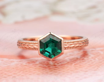 6mm Hexagon Cut Emerald Promise Ring- Anniversary Gift- May Birthstone- Emerald Wedding Ring Plain Rose Gold- Green Gemstone-Engagement Ring