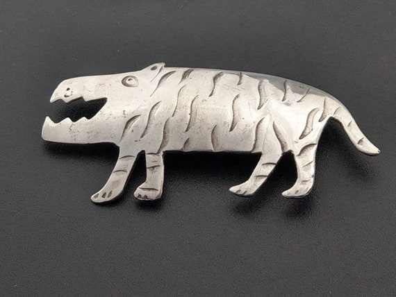 Mexican Sterling Silver Tiger brooch