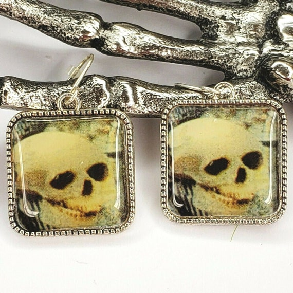 Vintage Retro Skeleton Skull Hook Pierce Earrings
