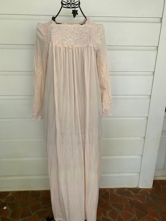 Vintage 80's Nylon Nightgown | Light Pink  | Vinta