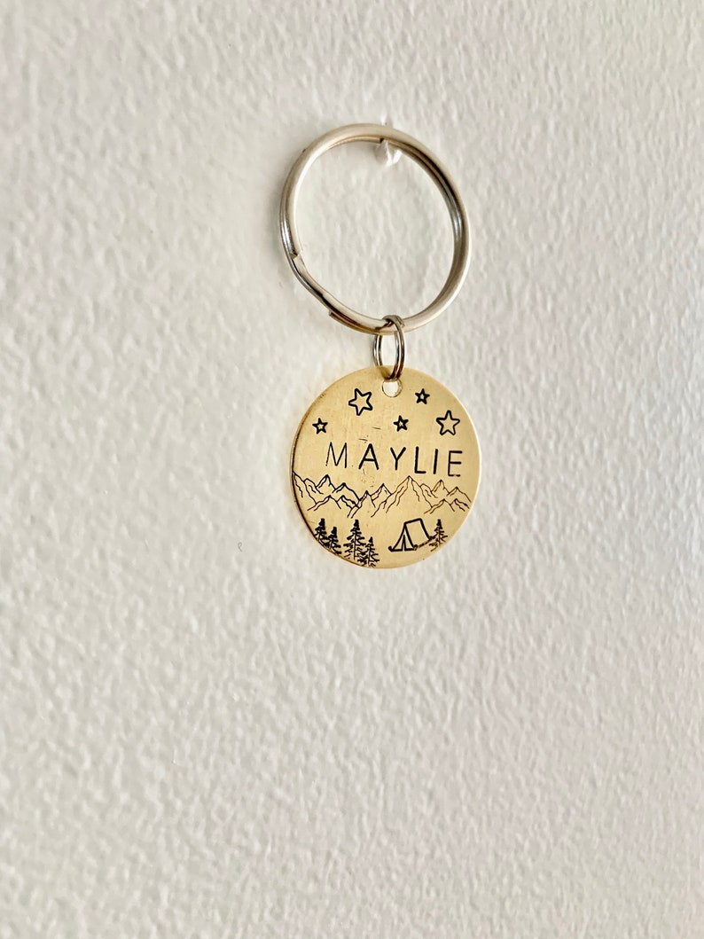 Identification medal for dog or cat with camping and mountain MAYLIE