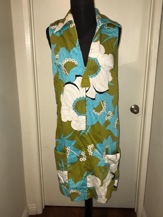 Vintage Tiki floral dress Hawaiian