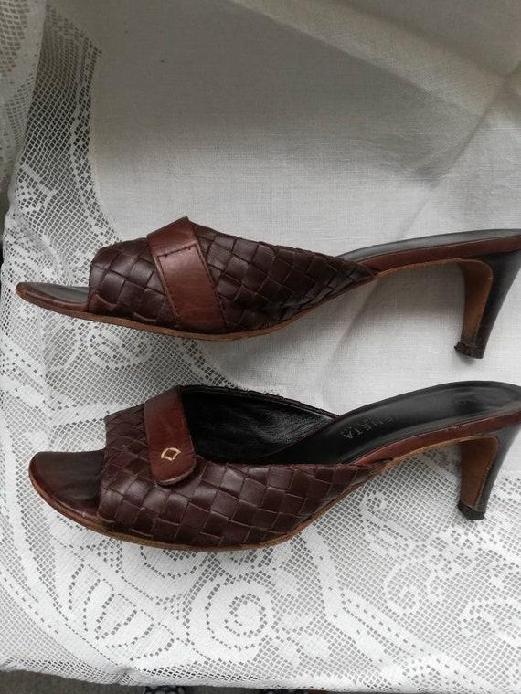 Vintage 90s Botega Veneta leather mules. Size 5. - image 3