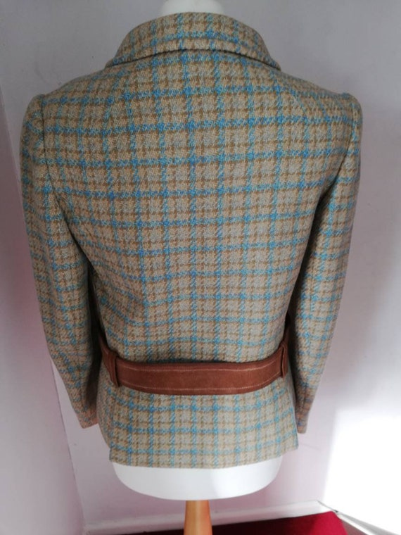 Lovely wool vintage two piece suit from 50s/60s. - image 6