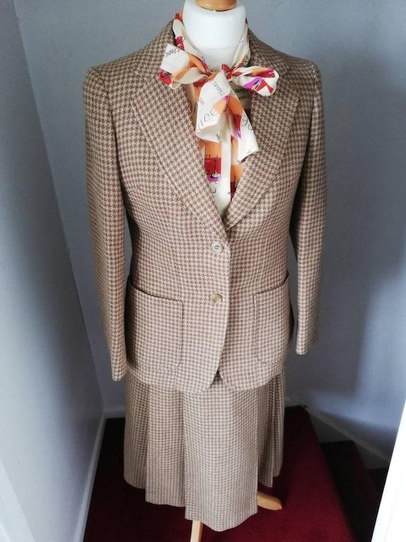 70s vintage skirt and jacket Burberrys heritage su
