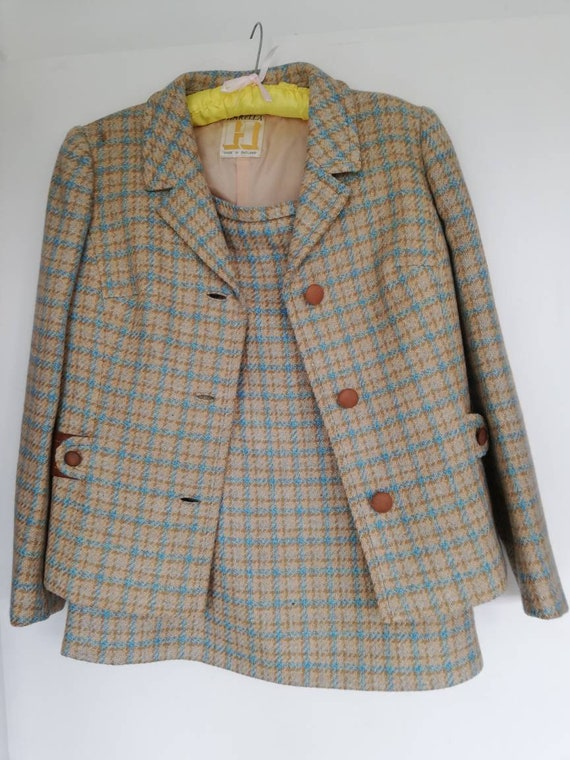 Lovely wool vintage two piece suit from 50s/60s. - image 3