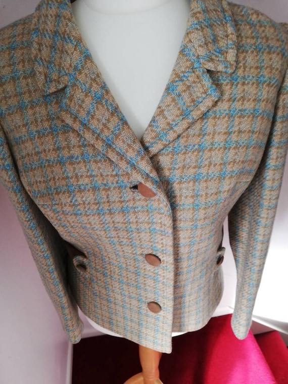 Lovely wool vintage two piece suit from 50s/60s. - image 9