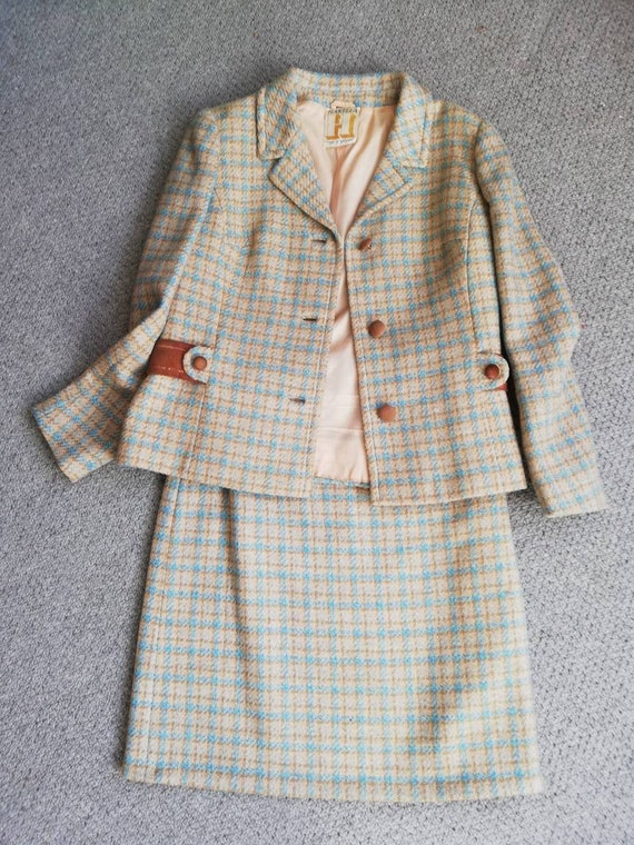 Lovely wool vintage two piece suit from 50s/60s. - image 1
