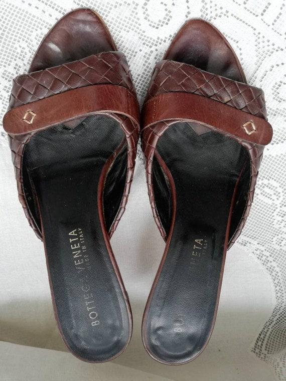 Vintage 90s Botega Veneta leather mules. Size 5. - image 9