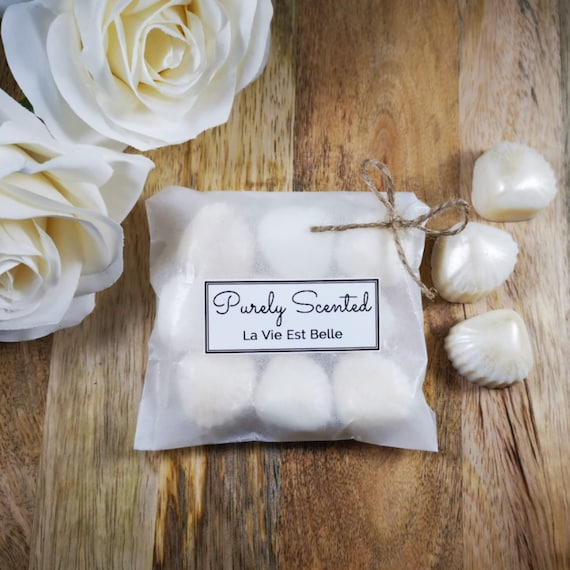 La Vie Est Belle Highly Scented Hand Poured Soy Wax Melt - Pearlescent Shells