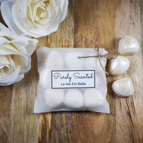 La Vie Est Belle Highly Scented Hand PouredSoyWax Melt - Pearlescent Shells