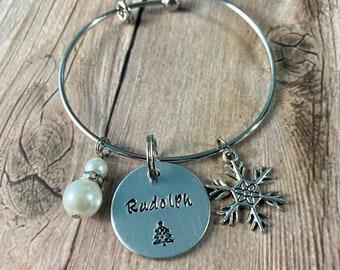 WINTER PET BRACELET, Pet name Bracelet, Dog Lover Jewelry, Pet Memorial Bangle, Cat Bangle Bracelet, Personalize Jewelry, Pet Accessories