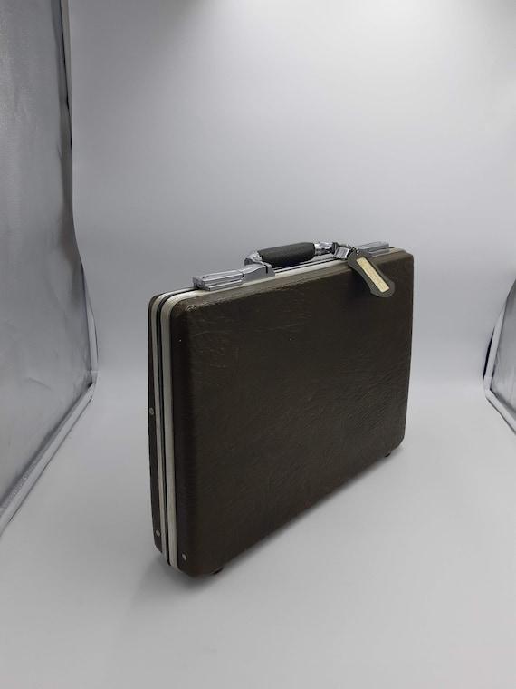 American Escort Slim Hardshell Briefcase 1970s