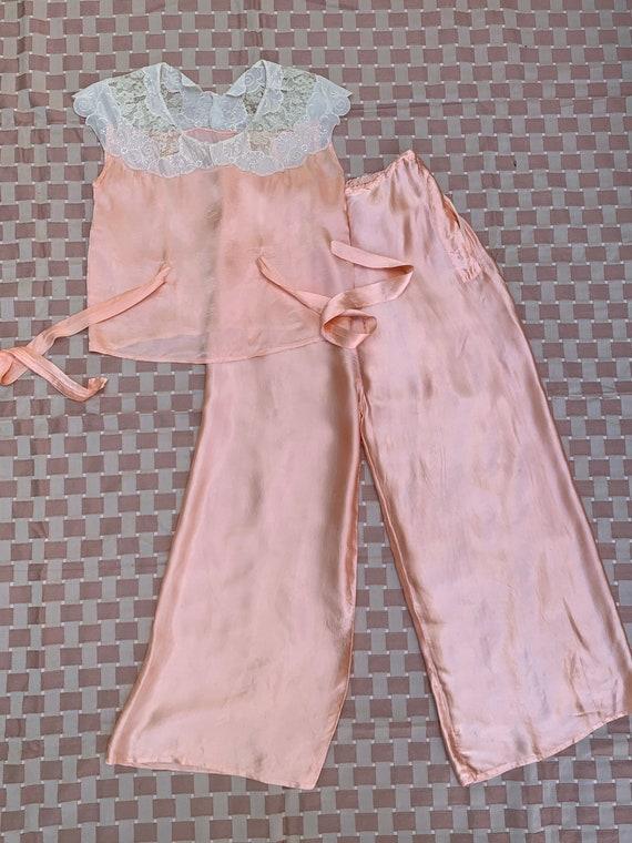 Vintage 30s 40s Pink Silk + Lace Beach Pajamas, Be