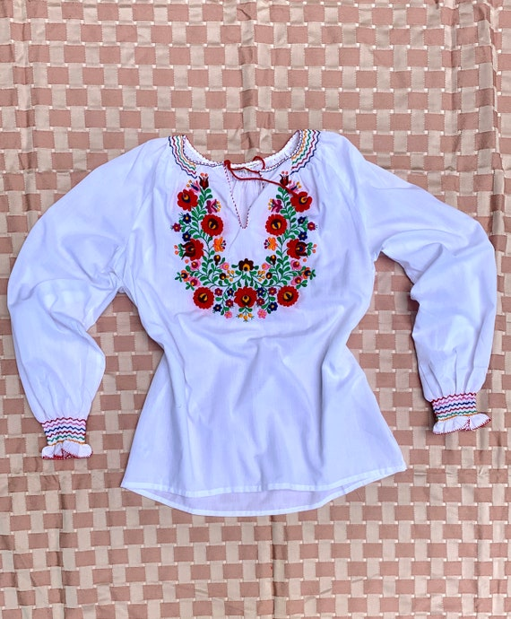 Vintage 70s does 30s Embroidered Hungarian Blouse,