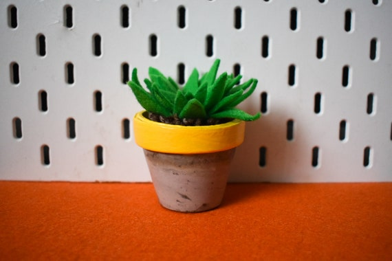 Large Felt Succulent - Bright/Dark/Grass Green - Yellow Concrete Pot