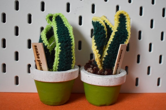 Crochet Snake Plant/Sansevieria - Handmade - Green Jesmonite Pot