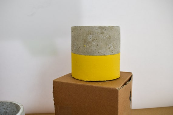 Handmade Concrete Pots - Round - Dipped Yellow