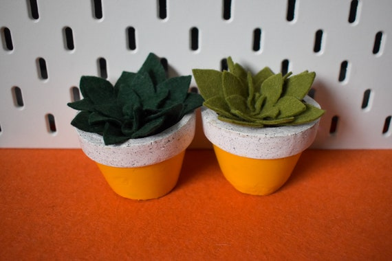 Large Felt Succulent - Bright/Dark/Grass Green - Yellow Jesmonite Pot