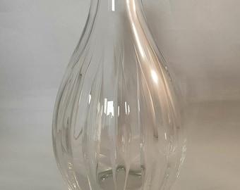 Ariel glass vase. Vicke Lindstrand for Kosta.