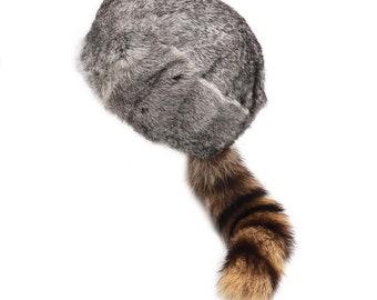Cabin Real Rabbit Fur and Raccoon Tail Davy Crockett Hat Wild Frontier Home Decor Coonskin Cap Mountain Week Woodsman Gray
