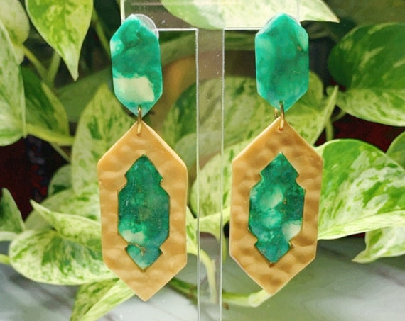 Jaded Faux Gemstone Inlay Statement Earrings Green White Gold  Resin Translucent Big circles