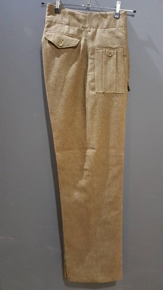 Vintage WW2 1944 dated British Army battledress tr