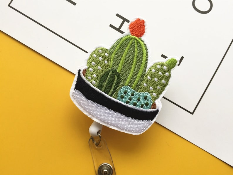 Cute cactus badge reel retractable badge holder badge reel for nurse pediatric nursing badge reels rn badge reel id badge holder kawaii gift