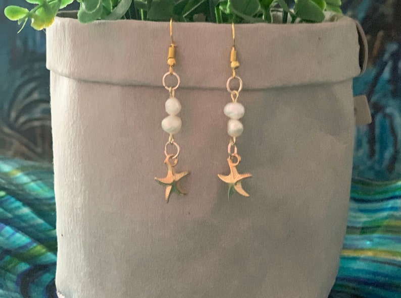 Gifts for her Fresh Water Pearl Earrings Mother\u2019s Day gift Birthday gift starfish earrings Statement Earrings Gold earrings