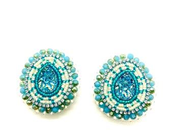 BEADED EARRINGS INDIGENOUS, Fingernails Post, Indigenous Made, Native Beadwork, Native Jewelry, Indigenous Owned Shops, Native Owned Shops