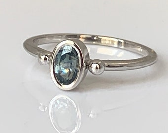 Montana Sapphire Ring 14k White Gold Sz 7 Dainty Oval Teal Blue Sapphire Engagement Ring Graduation Gift for Her Simple Blue Gemstone Ring