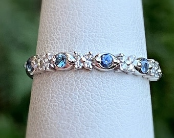 Montana Sapphire Ring White Gold Diamond Stacker Ring Sz 8 Blue Sapphire Wedding Band Dainty Diamond Cluster Ring Minimalist Blue Stone Ring
