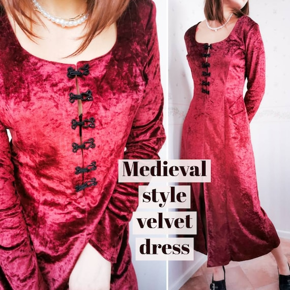 MEDIEVAL STYLE DRESS Vintage Velour Renaisance Got