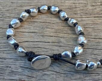 silver beads bracelet Woman leather Bracelet Uno de 50 Style cross bracelet woman boho tribal bracelet