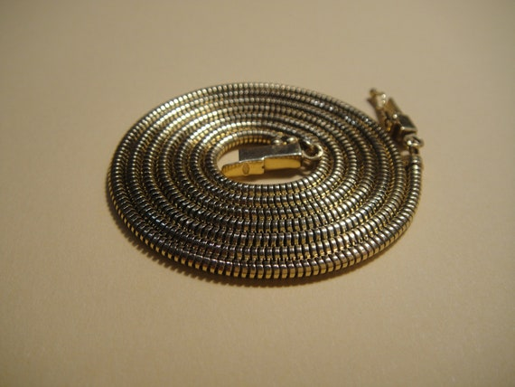 14kt Vintage necklace, snake chain.