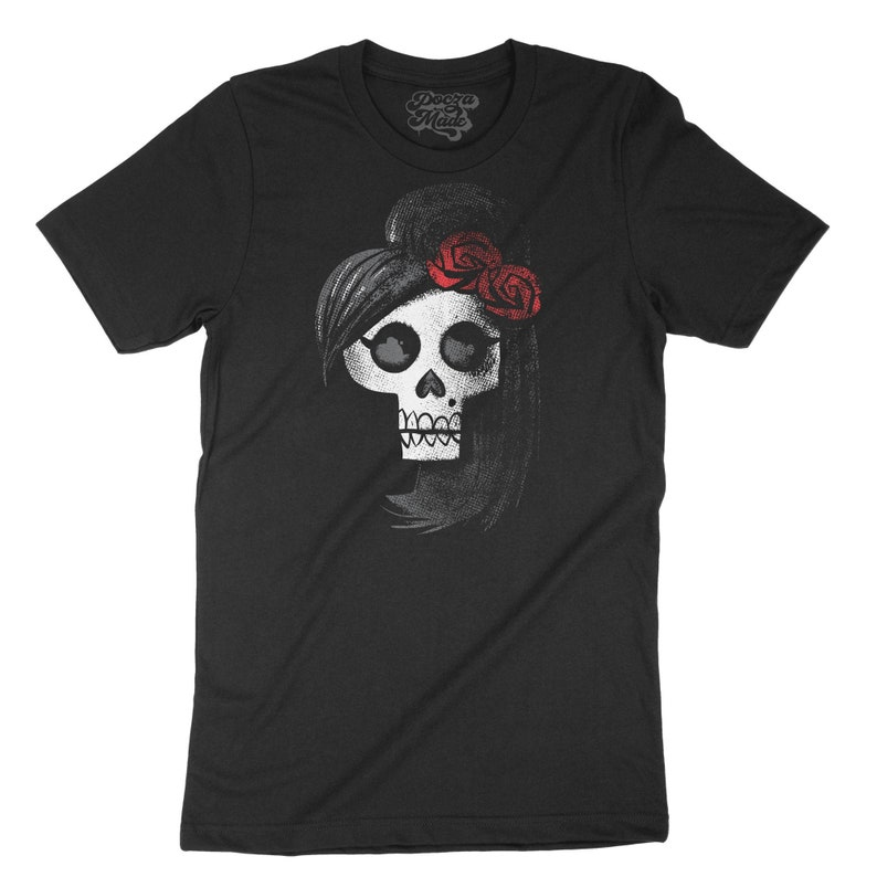 Back to Black  Amy Winehouse Tribute  Skull  Distressed and image 0