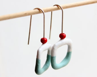 Earrings made of papier-mâché and silver with open hoops for women