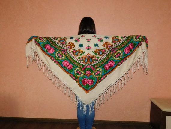 Wite scarf Russian shawl shawl Ukrainian shawl Woo
