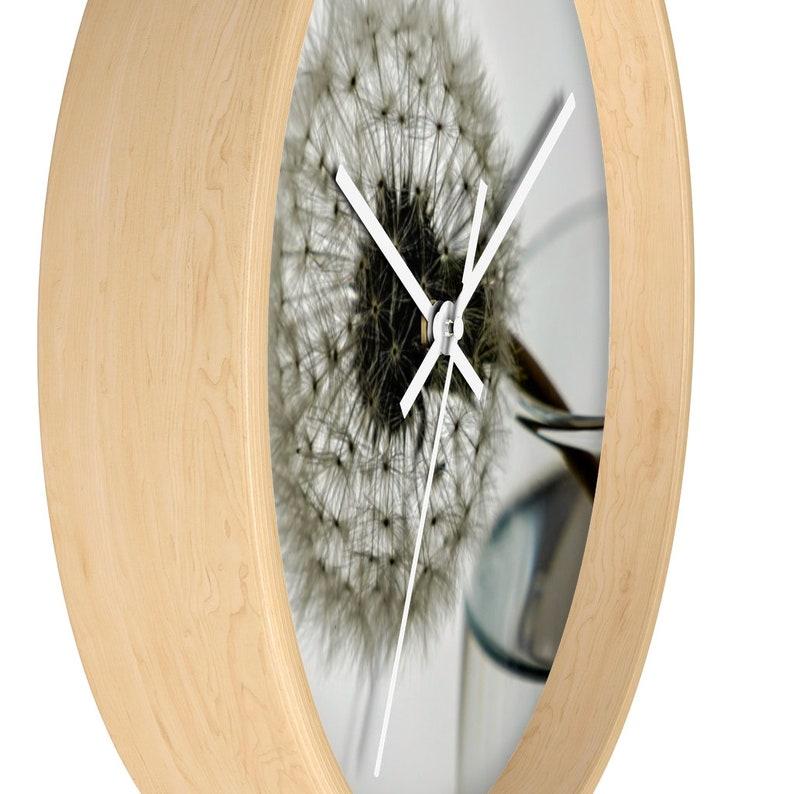 Horloge murale de pissenlit