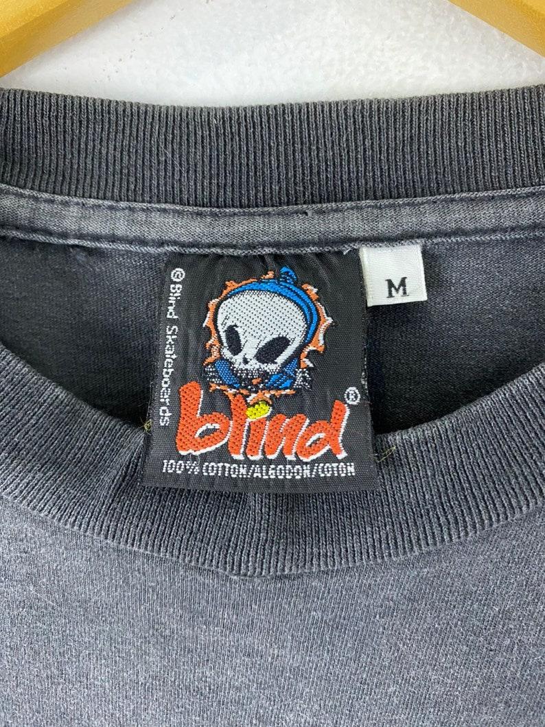 Vintage 90s blind skateboard rare design big image american brand skate powell thrasher raptees punk rock hip hop promo t-shirts