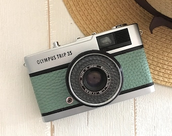 Olympus Trip 35 Vintage Film Camera with new water green  leather  【37-B】- Refurbished from JAPAN