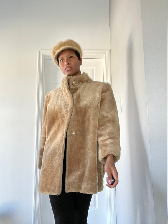 High collar been Faux fur coat