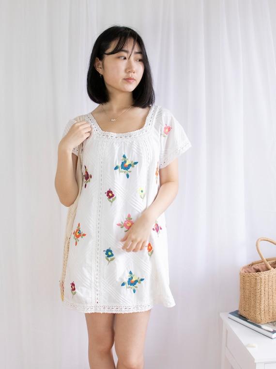 Vintage Flower Embroidered Square Neck Mini Dress