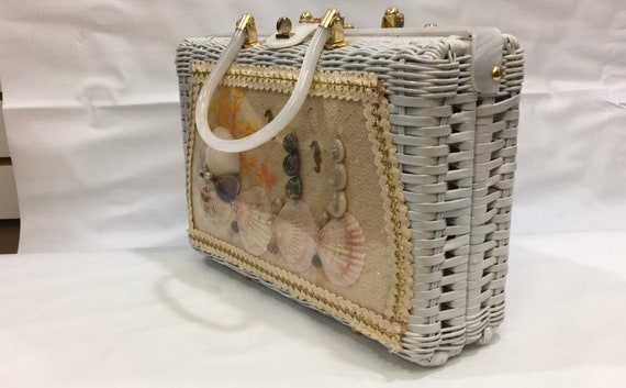 Prince Charming White Wicker sachel with lucite ha