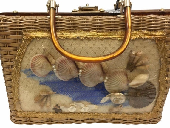 Vintage Wicker Lucite Beach Shell Bag