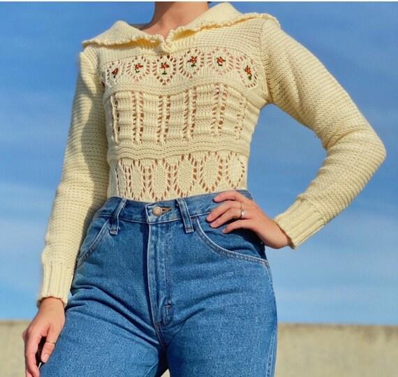 50's cream Handknit rose sweater
