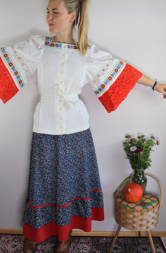 Stunning 70s handmade hippie folklore blouse with