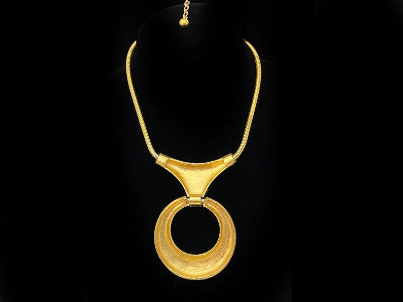 Crown Trifari Pendant Necklace Massive Modernist Circle Statement Vintage 1960s Midcentury Brushed Gold Tone Serpent Chain