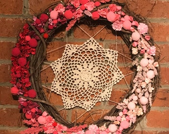 Pink Wreath Spring Summer Bright Colorful Ombre Doily