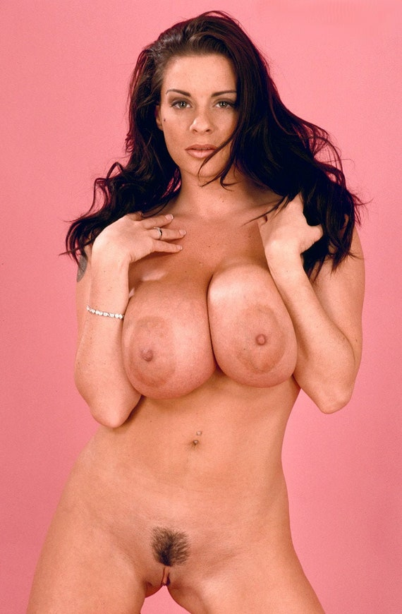 Solo model linsey dawn mckenzie baring monster tits before fingering pussy